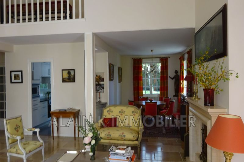 Photo n°8 - Vente maison contemporaine Noisy-le-Roi 78590 - 925 000 €