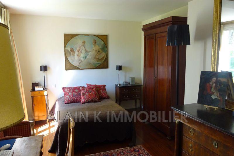 Photo n°9 - Vente maison contemporaine Noisy-le-Roi 78590 - 925 000 €