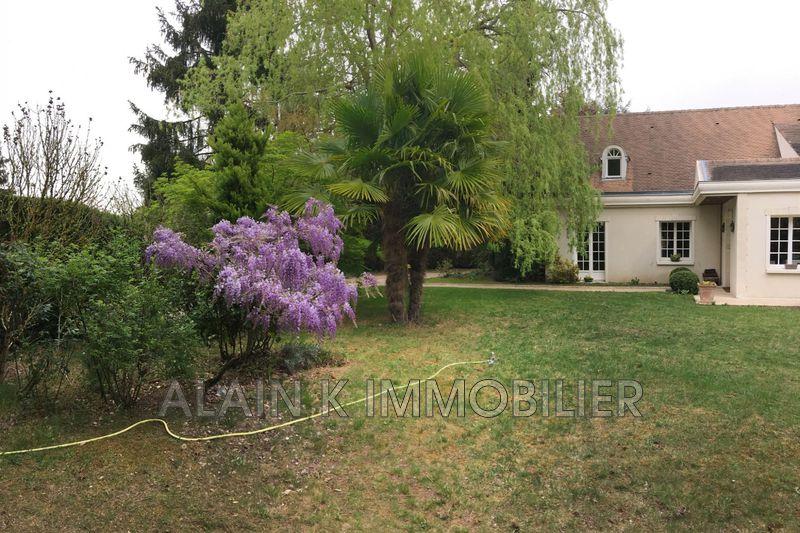 Photo Maison contemporaine Noisy-le-Roi Village,   achat maison contemporaine  4 chambres   181m²
