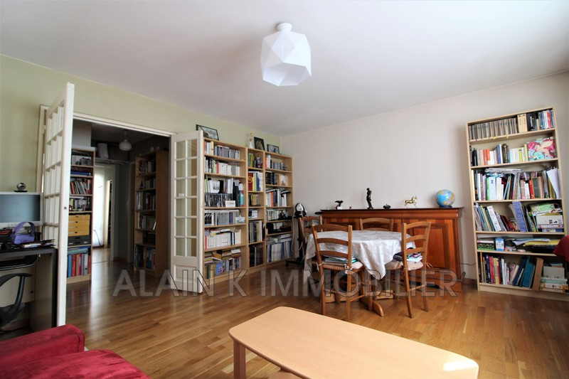 Photo Apartment Saint-Ouen Centre-ville,   to buy apartment  3 room   61 m²