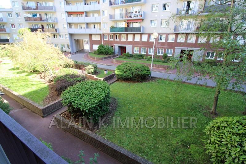 Photo Appartement Saint-Ouen Centre-ville,   achat appartement  3 pièces   61m²