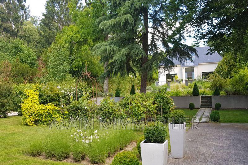 Photo Demeure de prestige Lamorlaye Village,   achat demeure de prestige  6 chambres   500m²