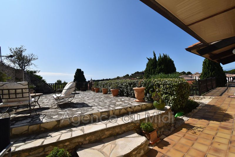 Photo Property Leucate Leucate village,   to buy property  4 bedroom   205 m²
