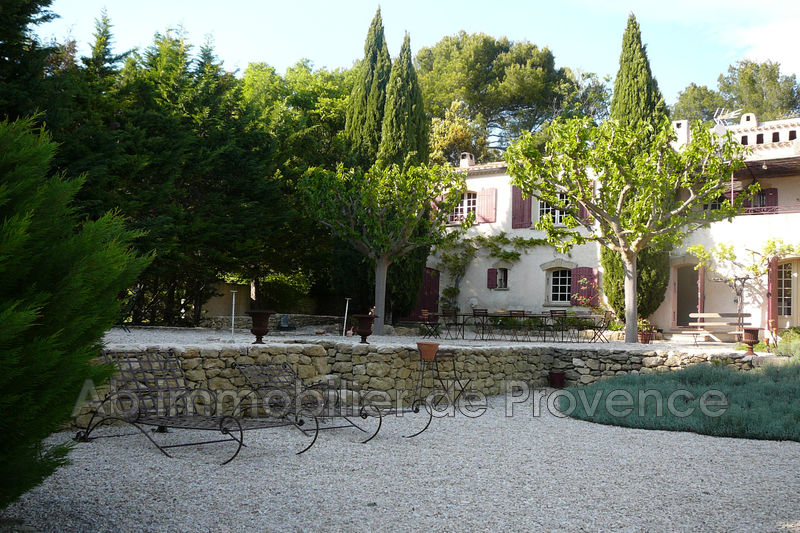 Photo Property Rognes   to buy property  5 bedroom   250 m²