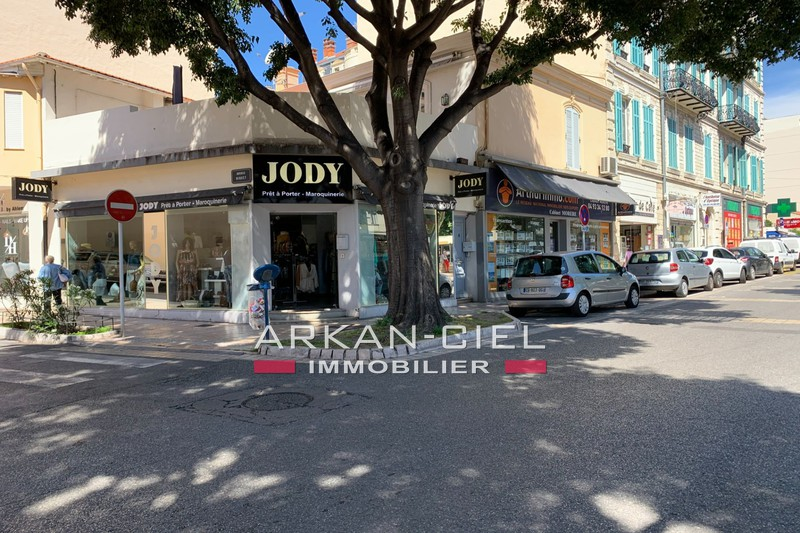 Photo  Antibes Centre-ville,  Occupational    70 m²