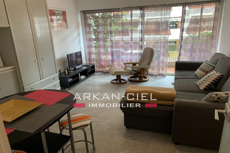 Photo Appartement Juan-les-Pins Centre-ville,   achat appartement  1 pièce   31m²