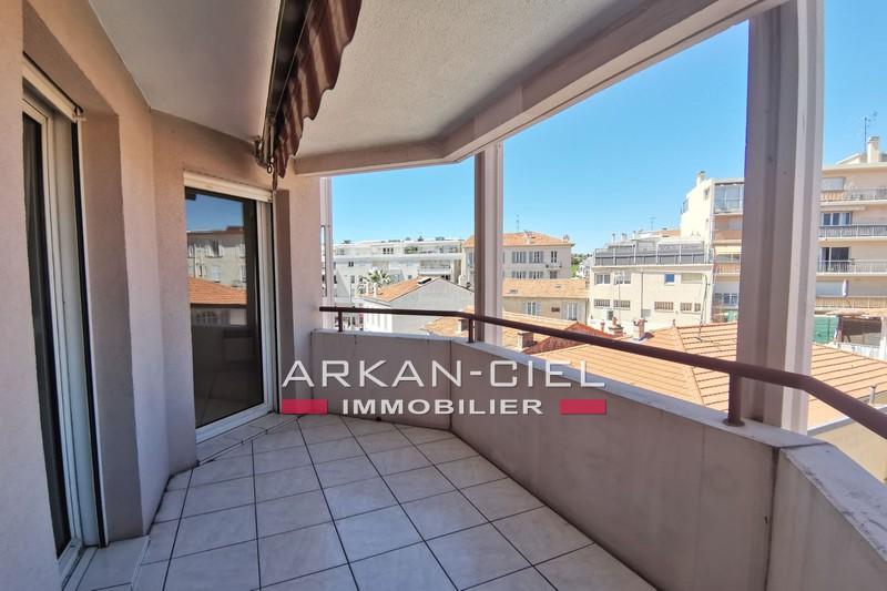 Photo Appartement Antibes Centre-ville,   achat appartement  3 pièces   62m²