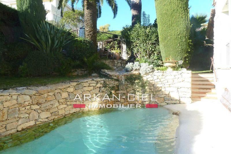 Photo Villa Antibes   to buy villa  4 bedroom   257 m²