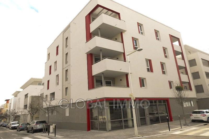 Photo Appartement Nîmes Hoche universite,  Location appartement  3 pièces   66m²