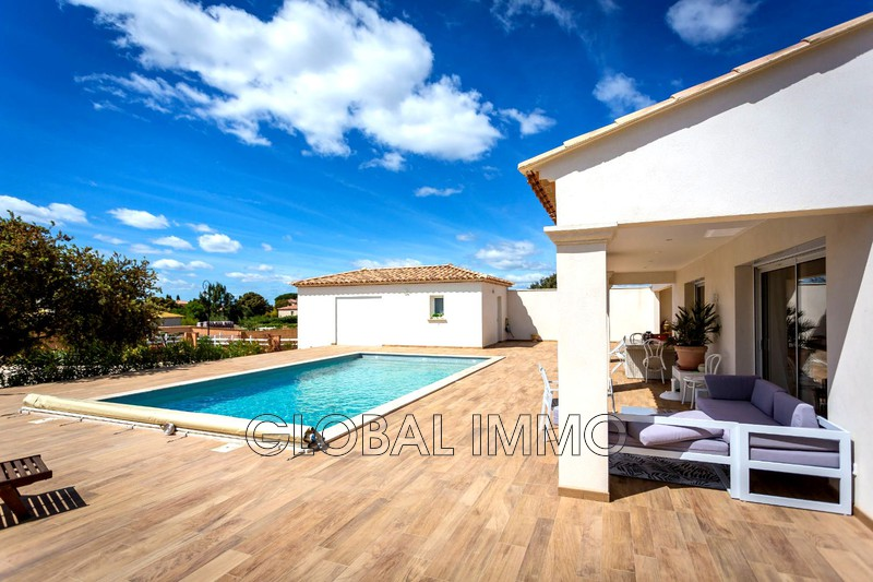 Photo Villa Saint-Gilles Nimes sud,   achat villa  5 chambres   180m²