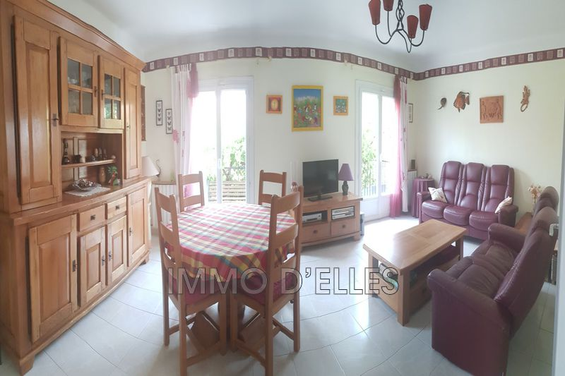Photo Townhouse Palau-del-Vidre Village,   to buy townhouse  5 bedroom   140 m²
