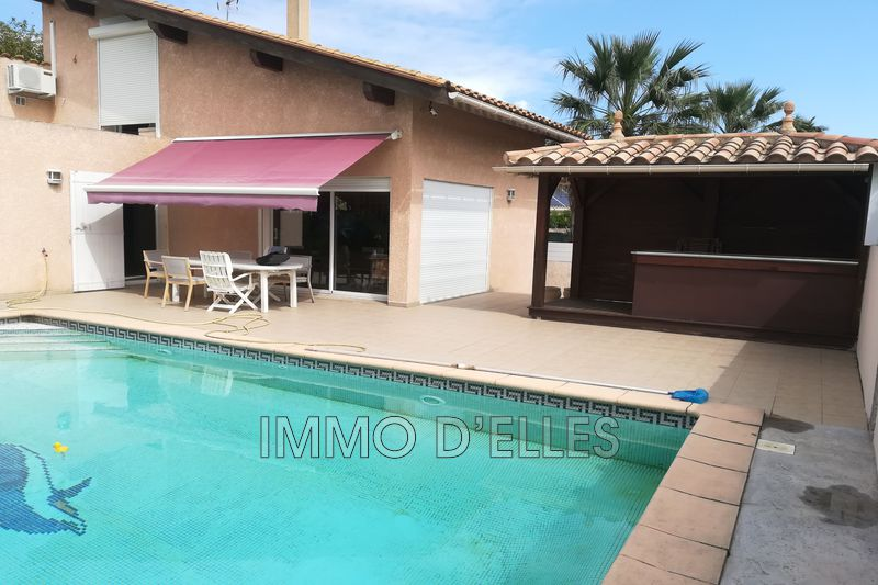 Photo Villa Saint-Cyprien   to buy villa  3 bedroom   125 m²