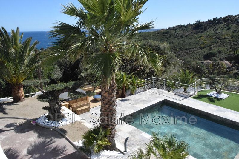 Photo Villa Les Issambres  Location saisonnière villa  5 chambres   160m²