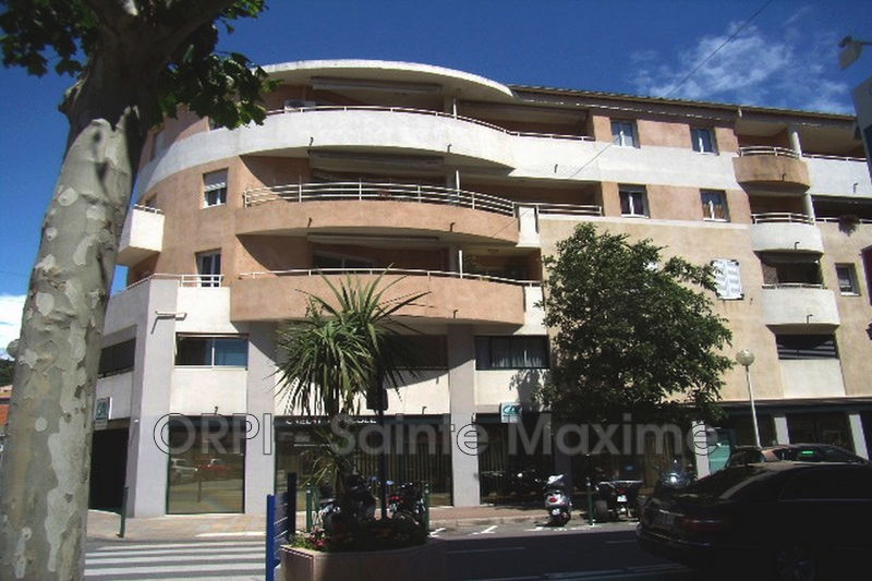 Photo Apartment Sainte-Maxime Centre-ville,  Vacation rental apartment  2 rooms   45 m²