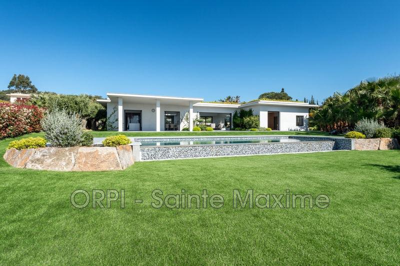 Photo Villa Grimaud Proche plages,  Location saisonnière villa  4 chambres   150m²