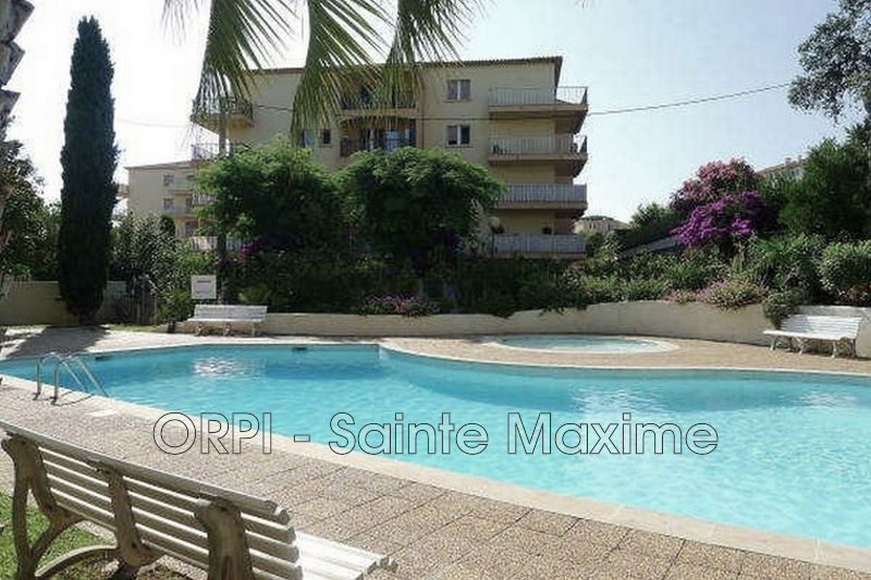 Photo Apartment Sainte-Maxime Centre-ville,  Vacation rental apartment  2 rooms   33 m²