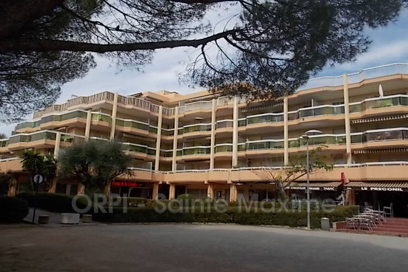 Photo Apartment Sainte-Maxime Centre-ville,  Vacation rental apartment  2 rooms   42 m²