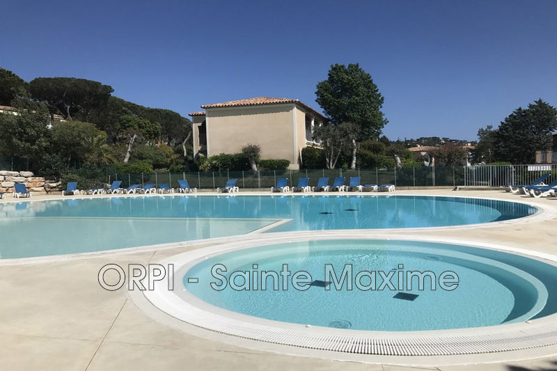 Photo Apartment Sainte-Maxime Centre-ville,  Vacation rental apartment  4 rooms   55 m²