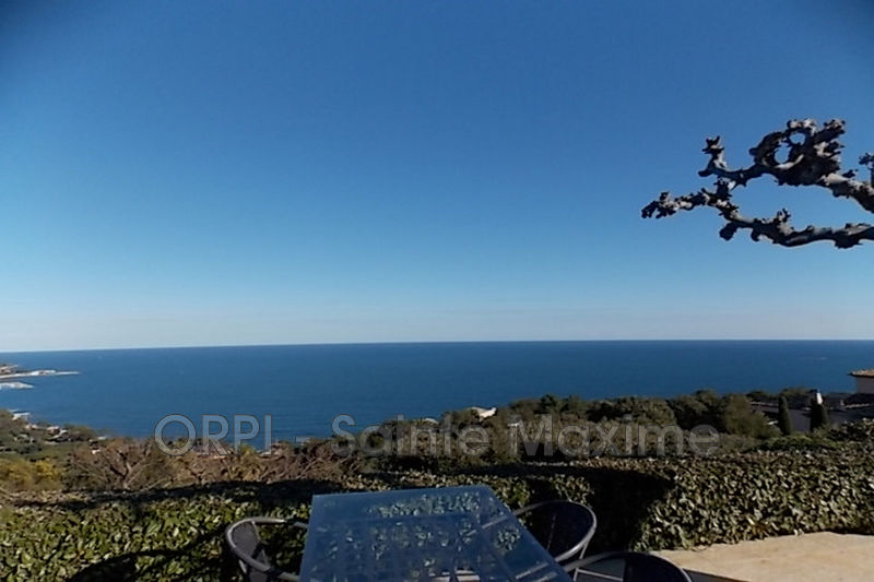 Photo Villa Sainte-Maxime Domaine de souvenance,  Vacation rental villa  4 bedroom   150 m²