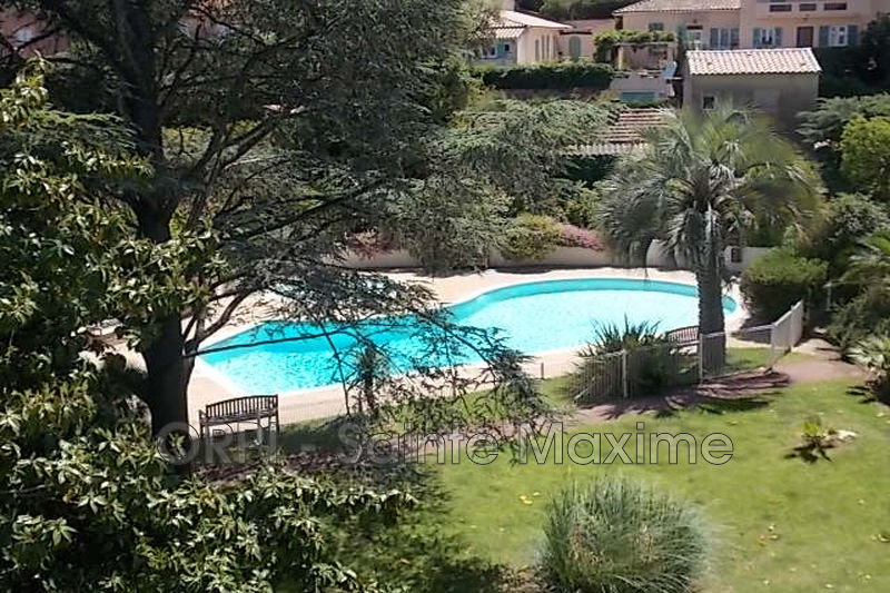 Photo Appartement Sainte-Maxime  Location appartement  1 pièce   21 m²