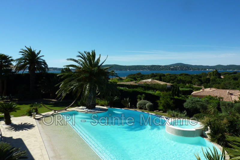 Photo Villa Grimaud  Vacation rental villa  4 bedroom   250 m²