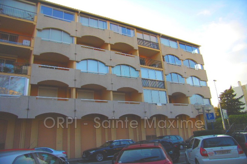 Photo Apartment Sainte-Maxime Centre-ville,  Vacation rental apartment  2 rooms   23 m²