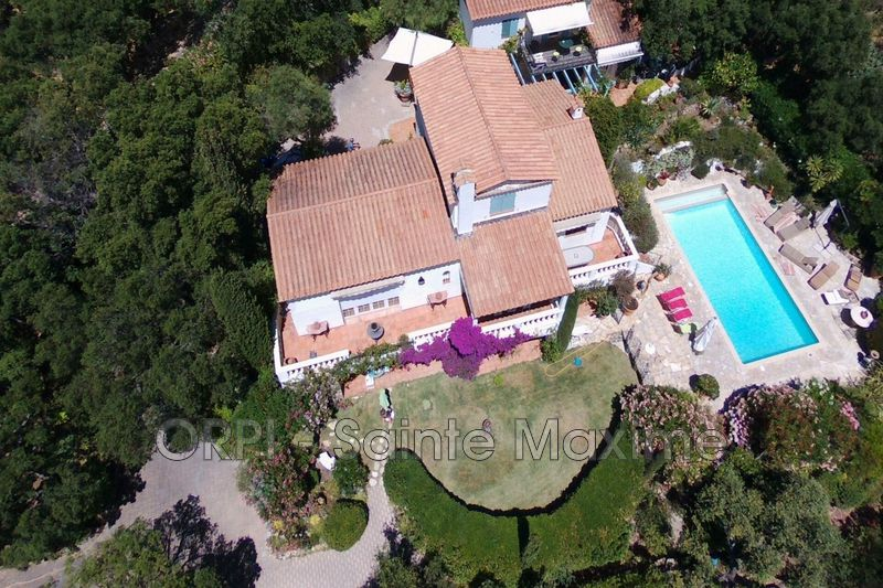 Photo Villa Sainte-Maxime Proche plages,  Vacation rental villa  4 bedroom   230 m²