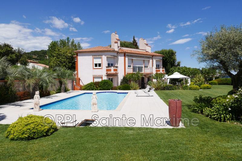 Photo Villa Sainte-Maxime Bord de mer,  Location saisonnière villa  5 chambres   296m²