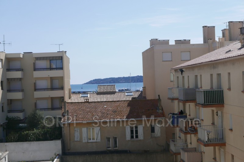 Photo Apartment Sainte-Maxime Centre-ville,  Vacation rental apartment  1 room   27 m²