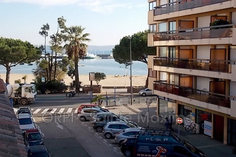 Photo Apartment Sainte-Maxime Centre-ville,  Vacation rental apartment  2 rooms   30 m²