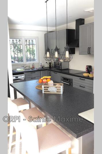 Photo n°5 - Vente Maison villa provençale Le Plan-de-la-Tour 83120 - 540 000 €