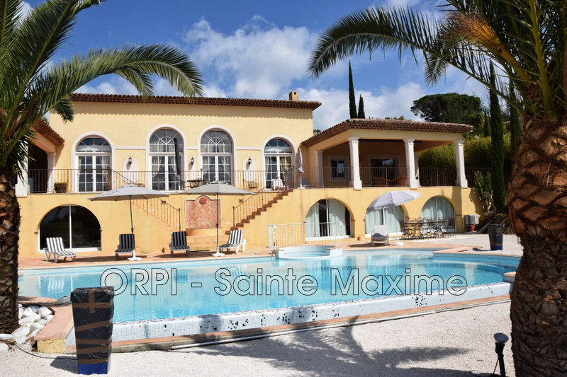 Photo Villa Sainte-Maxime Proche plages,   achat villa  4 chambres   330m²