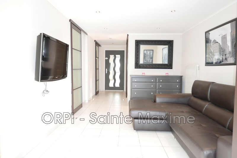 Photo Apartment Sainte-Maxime Proche plages,   to buy apartment  2 rooms   50 m²