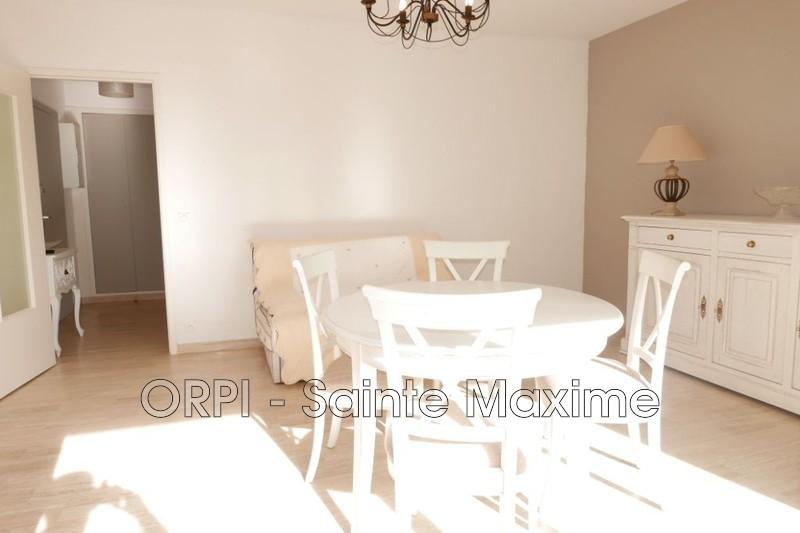 Photo Appartement Sainte-Maxime Centre-ville,   achat appartement  2 pièces   50 m²