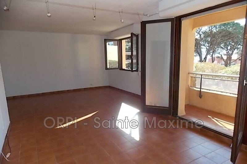 Photo Appartement Sainte-Maxime Centre-ville,   achat appartement  3 pièces   52 m²