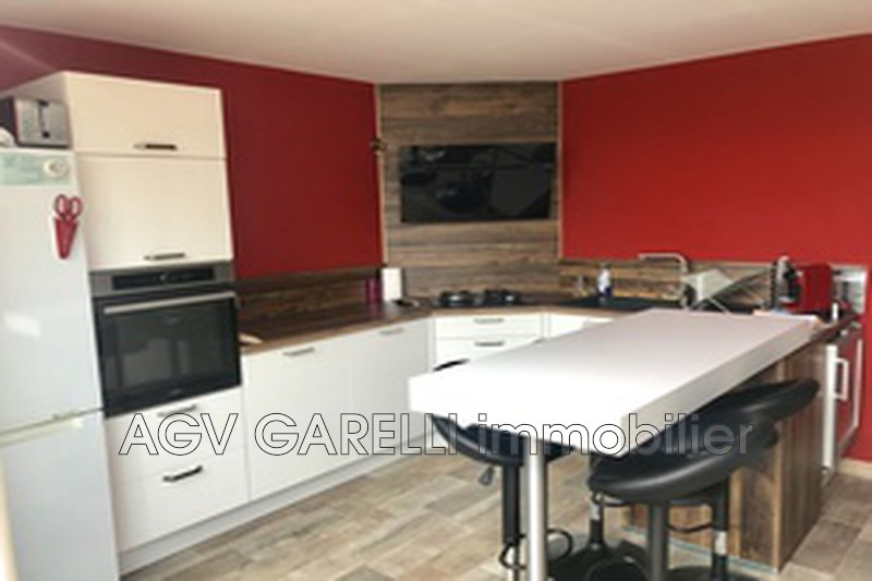 Photo n°1 - Location appartement Toulon 83000 - 797 €