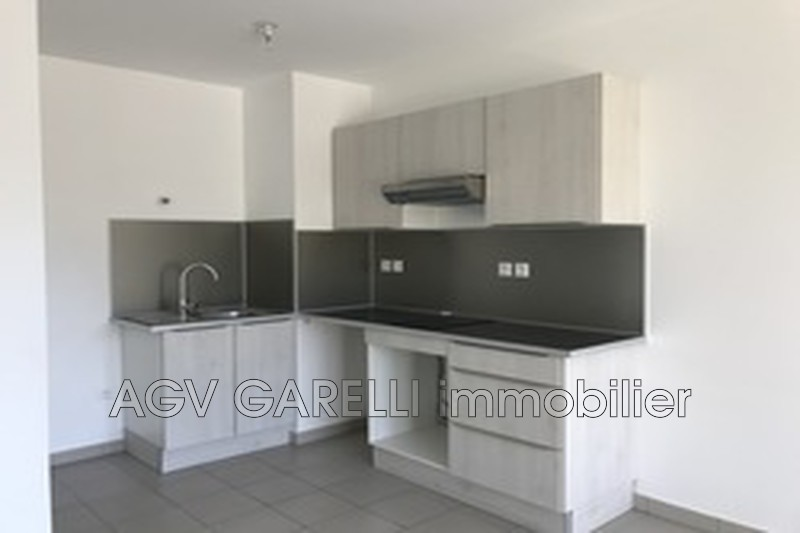 Photo n°3 - Location appartement Toulon 83100 - 638 €