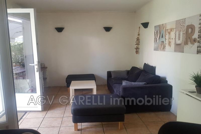 Photo n°3 - Location appartement Hyères 83400 - 750 €