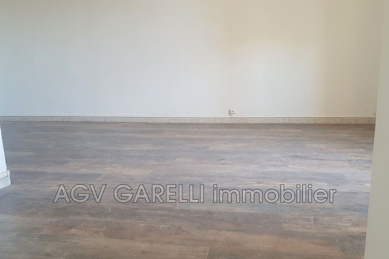 Photo n°5 - Location appartement La Crau 83260 - 825 €