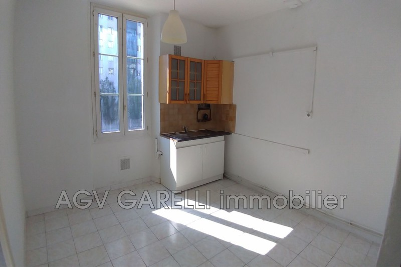 Photo n°1 - Location appartement Toulon 83000 - 470 €