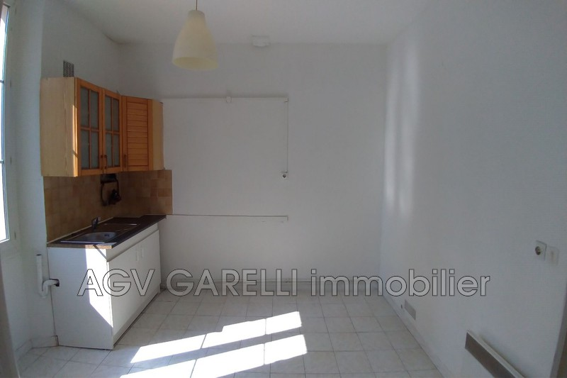 Photo n°2 - Location appartement Toulon 83000 - 470 €