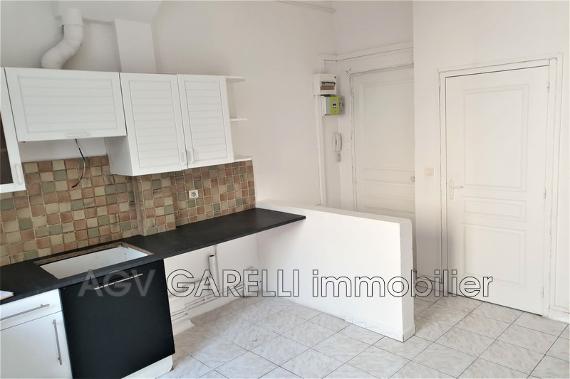 Photo n°1 - Location appartement Toulon 83000 - 530 €