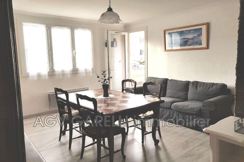 Photo n°2 - Location appartement Le Pradet 83220 - 820 €