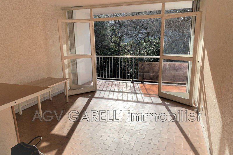 Photo n°1 - Location appartement Toulon 83000 - 485 €
