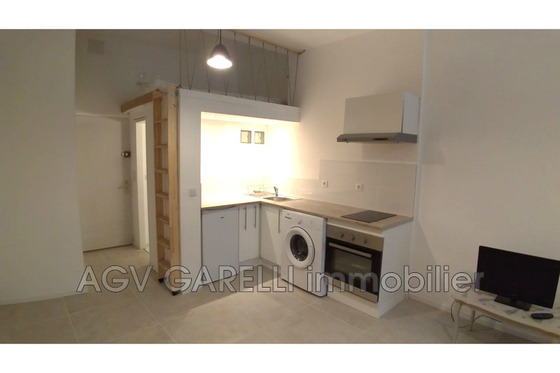 Photo n°2 - Location appartement Toulon 83000 - 497 €