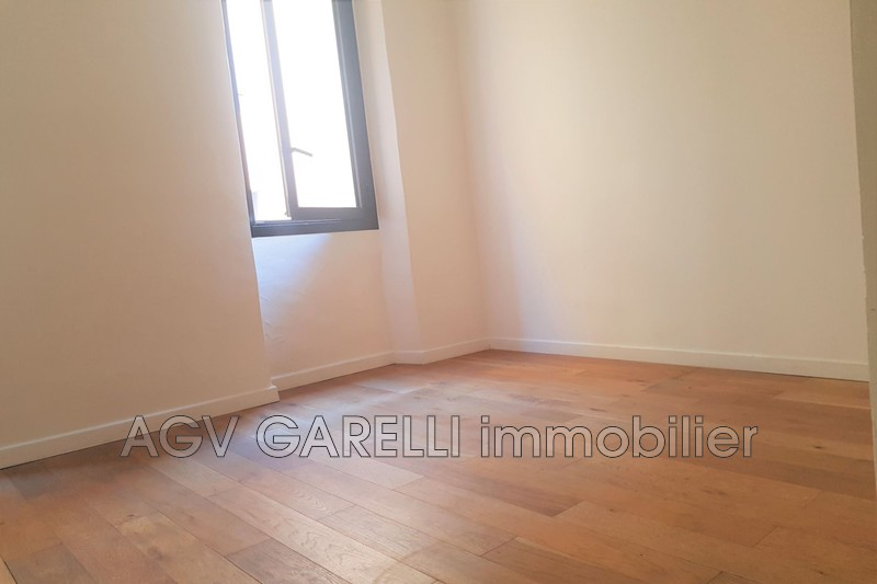Photo n°3 - Location appartement Hyères 83400 - 420 €
