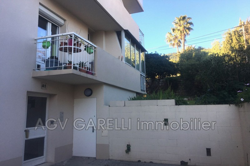 Photo n°2 - Location appartement Toulon 83100 - 700 €