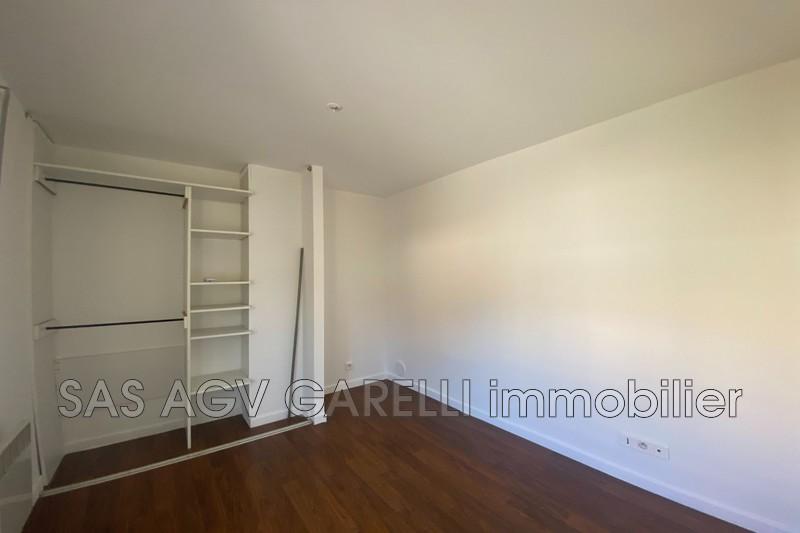 Photo n°2 - Location appartement Hyères 83400 - 490 €