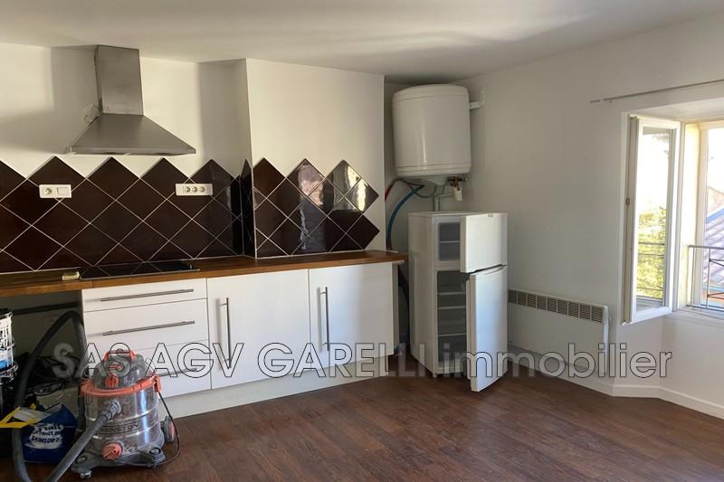 Photo n°1 - Location appartement Hyères 83400 - 490 €