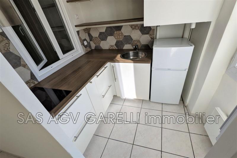 Photo n°1 - Location appartement Toulon 83100 - 469 €